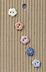 Incomparable BUTTONS  L555 -  tiny pastel flowers x 5