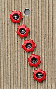 Incomparable BUTTONS  L561 -  tiny red flowers x 5