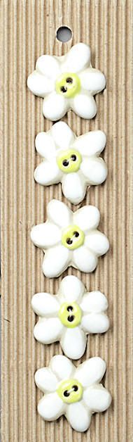 Incomparable BUTTONS  L89 -  white daisies x 5